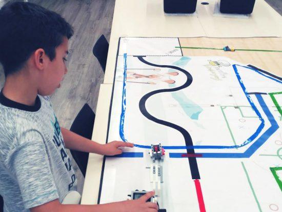 tau formar curso ciencia tecnologia tics robotica infantil lego santa coloma de gramenet 4