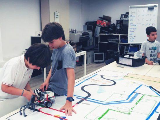 tau formar curso robotica lego santa coloma de gramenet petits enginyers