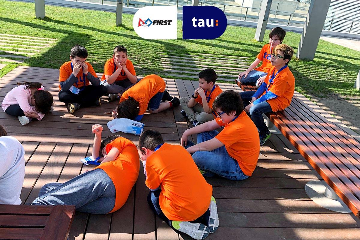 First Lego League en Barcelona con el equipo de ciencia de Tau Formar